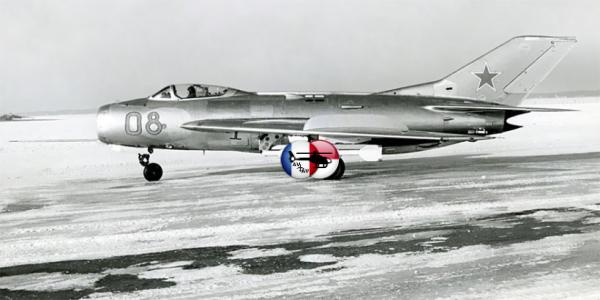 МиГ-19 — первый отечественный серийный сверхзвуковой истребитель